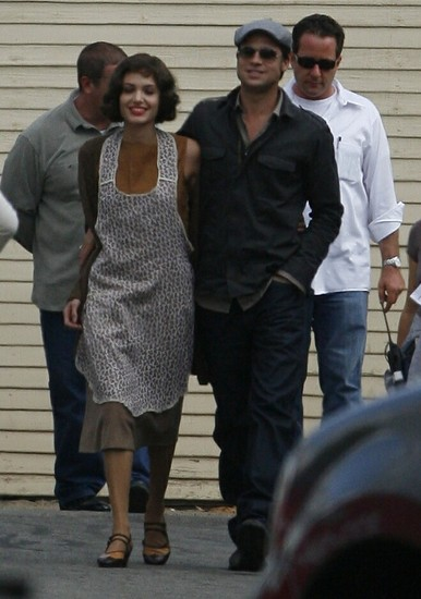 angelina-jolie-brad-pitt-the-changeling.jpg