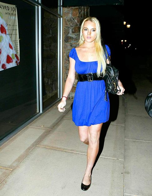 lindsay-lohan-blue-dress.jpg