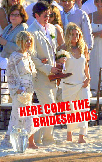 mary-kate-ashley-olsen-bridesmaids.jpg