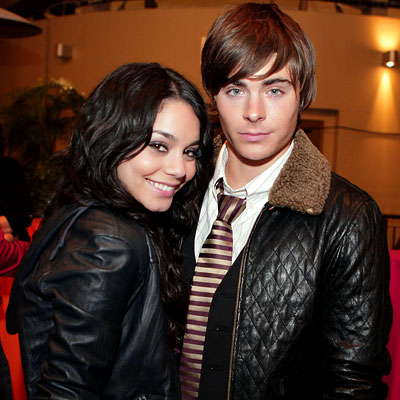 zac-efron-vanessa-hudgens-high-school-musical-2-dvd.jpg