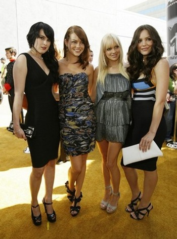 rumor willis, emma stone, anna faris, katharine mcphee mtv movie awards