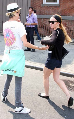 lindsay lohan and samantha ronson out in nyc